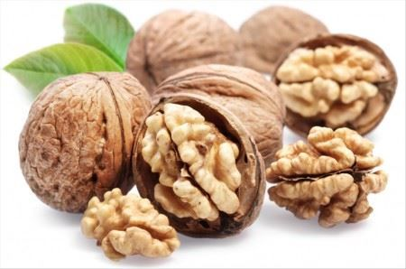 Vlašské ořechy- 1 kg ( NELOUPANÉ)